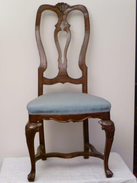 Restauro completo set di sedie antiche